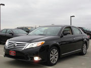 Selling my 6 Months Used Toyota Avalon 2011 Model