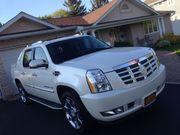 2010 Cadillac Escalade EXT ESCALADE
